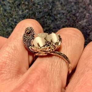 Adorable birds nest ring with white cateye eggs